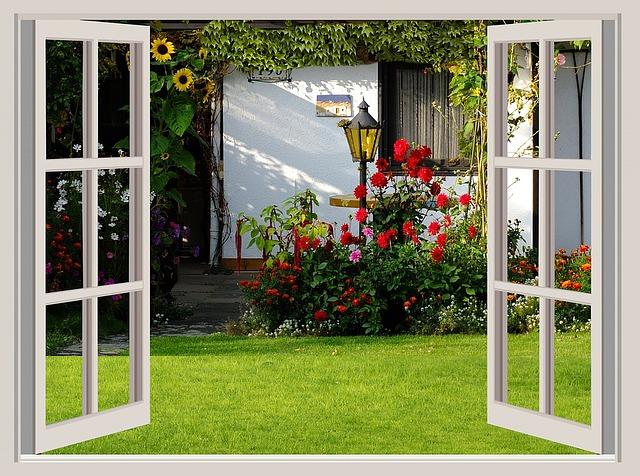 okno, zahrada, lampy