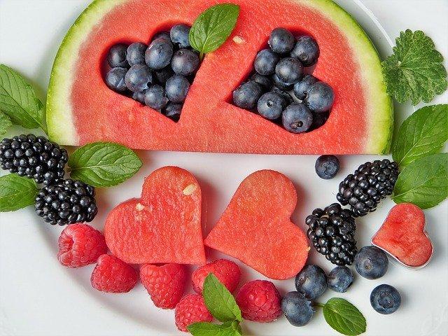 borůvky, ostružiny, maliny a meloun.jpg